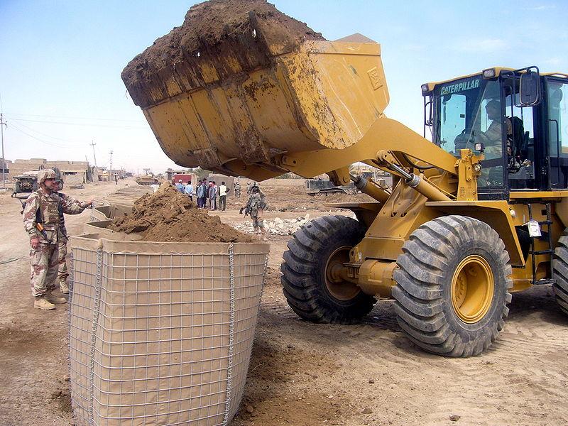 http://www.tsvetnik.info/images/gab_Iraqi_Hesco.jpg