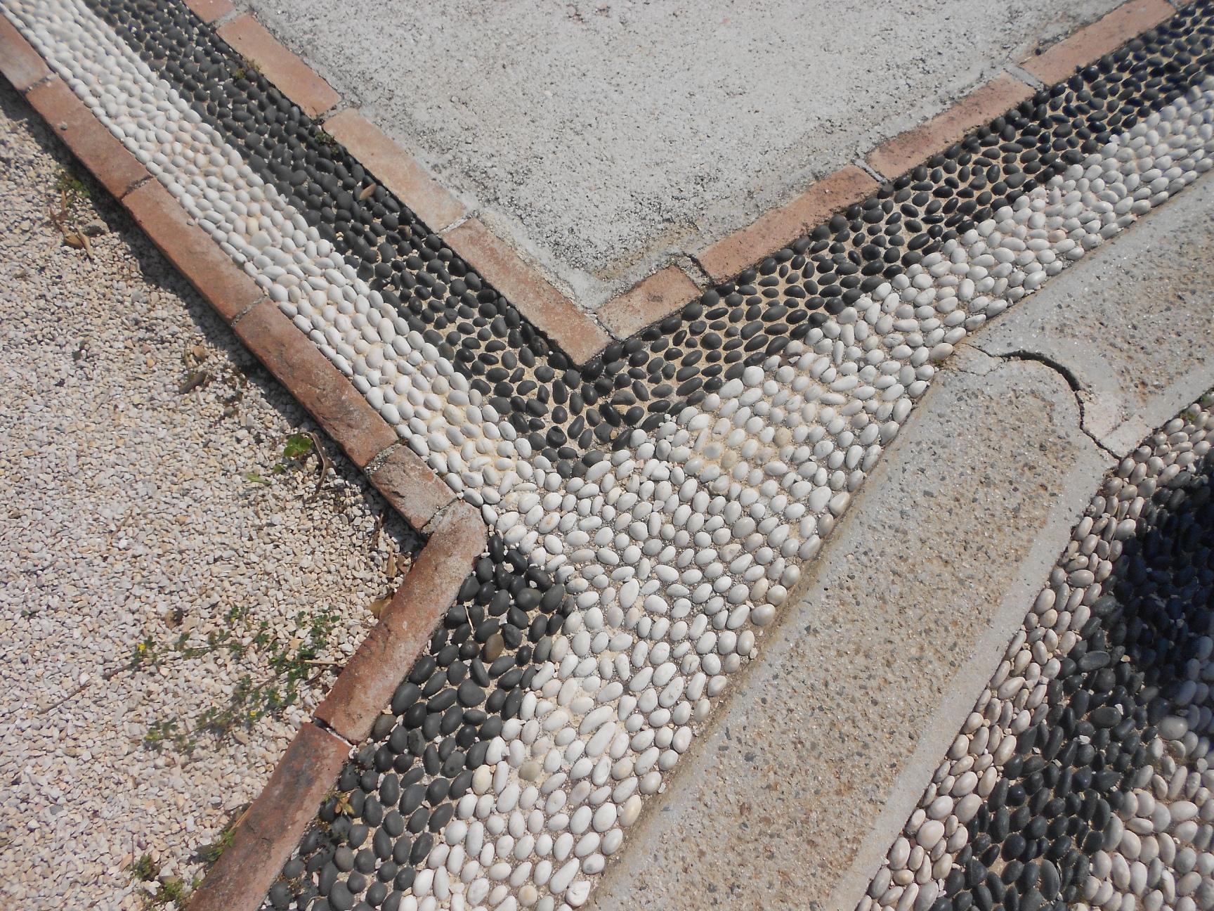 Как сделать дорожки и тротуары на даче. / Cамоделки для 72